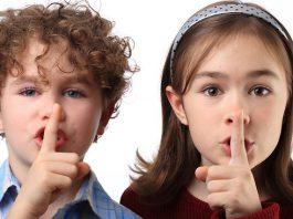 lezione del silenzio nel metodo montessori
