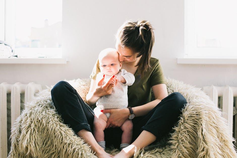 Cameretta Montessoriana : Come preparare una cameretta montessoriana ad un bebè in arrivo