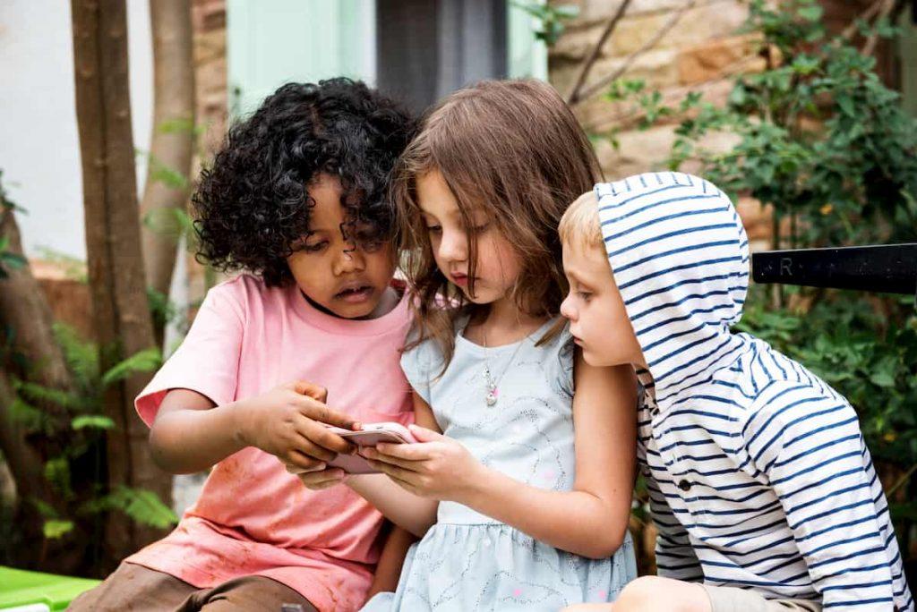 cellulari-ai-bambini