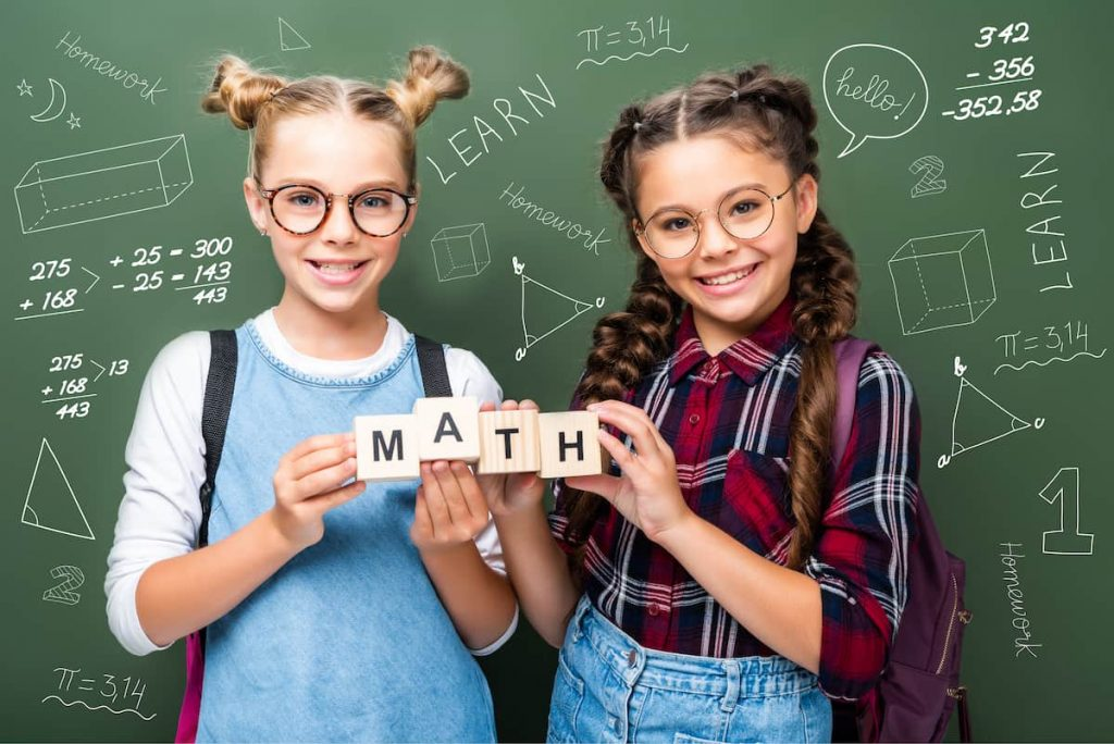 Cubo-del-trinomio-nel-metodo-Montessori
